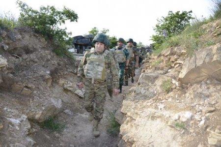 DSX generalı və Hərbi prokurorun müavini Ermənistanla sərhəddə - FOTO